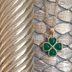 Pendentif croix tréflée jade