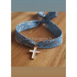 Bracelet croix émaillée...